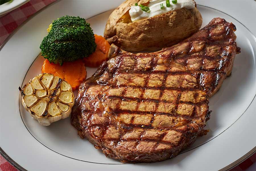 EL TORO Steakhouse - Speacials menu