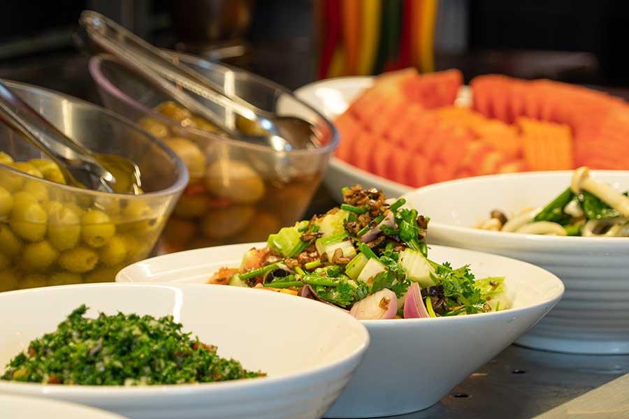 EL TORO Steakhouse - Salad bar